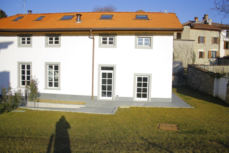 Villa (quadrilocale) in vendita a Gorlago – Bergamo (cod04)