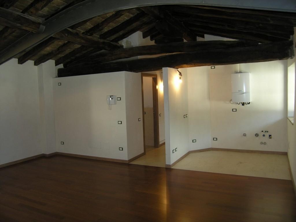 Appartamento in vendita a gandino trilocale con travi a - Agevolazioni prima casa 2017 giovani ...