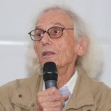 To learn more about Christo The artist on the boardwalk Sebino